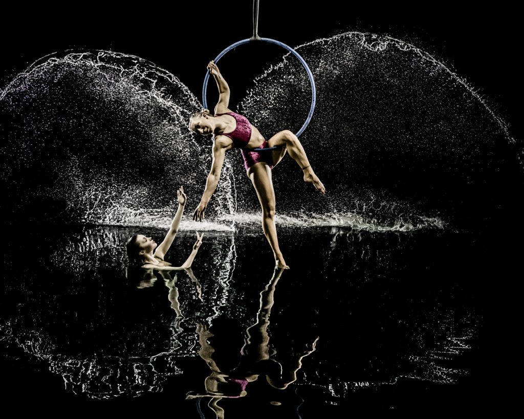 GB Swimstars Photoshoot with Aerialists - Amelie and Frankie